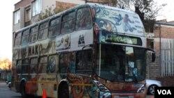 La copa aún enfrenta problemas como la seguridad en los estadios y el transporte publico en la ciudad de Johannesburgo.