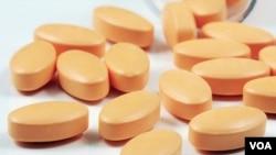 Sovaldi, obat untuk Hepatitis C, dijual dengan harga $ 1.000 satu pil (foto: dok).