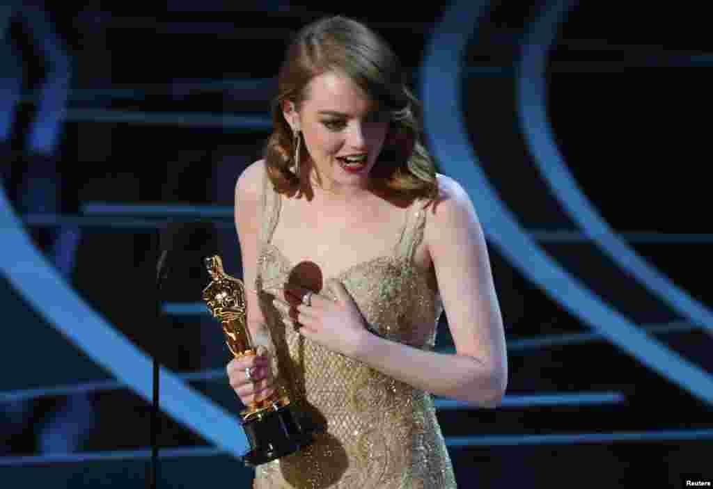 Найкраща актриса: Емма Стоун, «Ла-Ла Ленд»