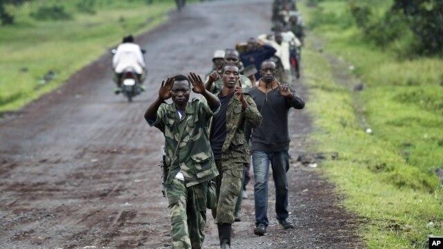Wanajeshi waasi wa M23 wakiwa kaskazini mwa Goma.