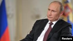 Tổng thống Nga Vladimir Putin trong cuộc phỏng vấn tại Novo-Ogaryovo, ngoại ô Moscow, ngày 3/9/2015.
