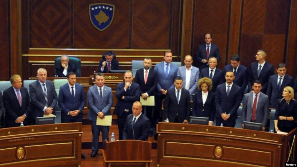 Debat pa qeverinë në parlamentin e Kosovës