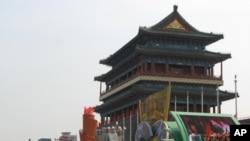 中国国庆期间摆放在天安门广场上的彩车