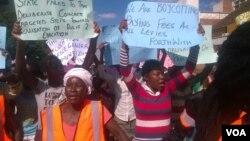 Members of Women of Zimbabwe Arise protesting in Bulawayo on Thursday. (Nompumelelo Sibanda)