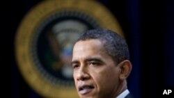 奥巴马在白宫阐述就业问题(资料照)