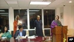 নিউ ইয়র্কে বাংলাদেশের স্থায়ী প্রতিনিধির দপ্তরে বক্তব্য রাখছেন বাংলাদেশের পররাষ্ট্রমন্ত্রী ডা দীপু মণি