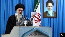 ایران کے رہبر اعلیٰ آیت اللہ علی خامنہ ای