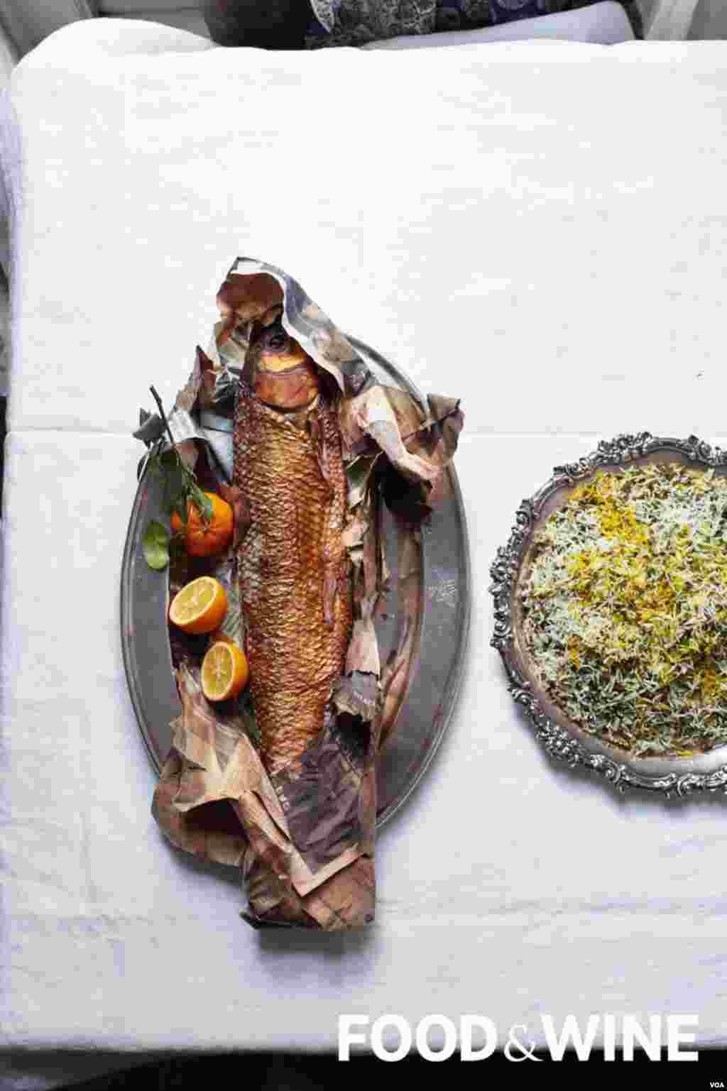 یک خوراک ماهی که عکس آن در نشریه غذا و شراب منتشر شده است.