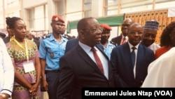 Luc Magloire Mbarga,ministre du Commerce à Yaoundé, le 17 septembre 2019. (VOA/Emmanuel Jules Ntap)