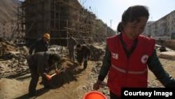 국제적십자사가 지난 2016년 11월 북한 함경북도 무산군의 수해 복구 현장 사진을 공개했다.