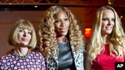 Serena Williams, with Anna Wintour, right, and Caroline Wozniacki.