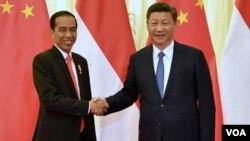 Presiden Joko Widodo bertemu dengan Presiden China Xi Jinping di Beijing, Minggu sore 14/5 (foto: courtesy Setpres RI).