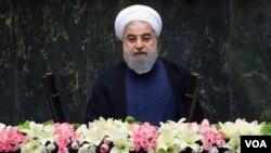 د لوړې په مراسمو سره د جمهور رئیس په توگه د حسن روحاني د واکمنۍ دوهمه دوره پیل شوه