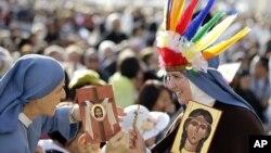 Среди новых святых – «Могавскская лилия» Катери Текаквита, жившая в 17-м веке