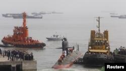 Kapal selam Scorpene di Mumbai, India (foto: dok).