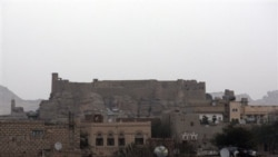 رهبر القاعده در شهر رداع در يمن می گويد از حمايت رهبران قبيله ای برخوردار است