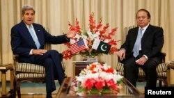 Держсекртеар США Джон Керрі і прем'єр-міністр Пакистану Наваз Шаріф