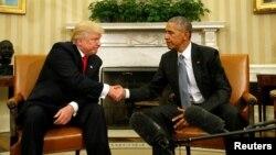 Trump y Obama se reunieron en la Oficina Oval durante hora y media.