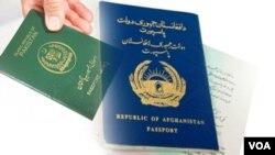 پاسپورت پاکستانی افغانهای مقیم کشور های حوزه خلیج به پاسپورت افغانی تبدیل می شود.