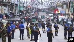 Sir Lanka'daki otel ve kilise saldırılarında 250'den fazla kişi öldü 500'den fazla kişi de yaralandı.