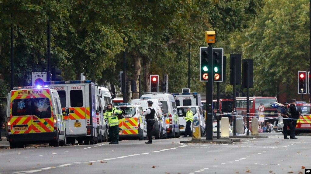 Londër: Përjashtohet terrorizmi si motiv për incidentin me makinë