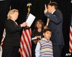 美国国际开发署长沙赫2010年1月7日宣誓就职