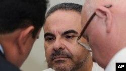 Elías Antonio Saca, expresidente de El Salvador por el partido ARENA, en encuentra encarcelado por robar fondos públicos.