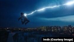 Salah satu adegan dalam film Shazam! (foto: ilustrasi)