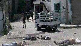 Myslimanë suni largohen nga qyteti bregdetar Banias