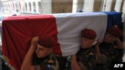 Франція вшановує солдатів-легіонерів, що загинули в Афганістані