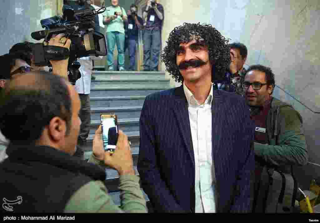 یادآوری لوتی های قدیم تهران در این دوره از انتخابات عکس: محمد علی مریزاد