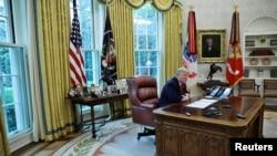 Tổng thống Hoa Kỳ Donald Trump trả lời phỏng vấn Reuters, 29/04/2020.