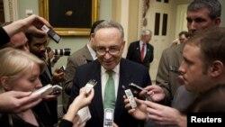 El senador demócrata Chuck Schumer objetó el proyecto que había sido aprobado en la Cámara de Representantes.