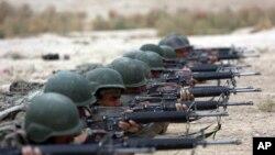 رپورٹ میں افغان سکیورٹی اہلکاروں کی تعداد میں کمی کی وجوہات بیان نہیں کی گئی ہیں۔