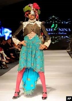 لاہور میں جاری فیشن ویک میں سوات کی ثقافتی جھلک