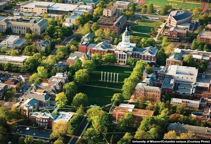 University Of Missouri Feels Weight Of The World S Eyes