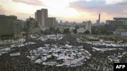 """Qohiraning """"Tahrir"""" maydoni - namoyishlar markazi, yuragi"""