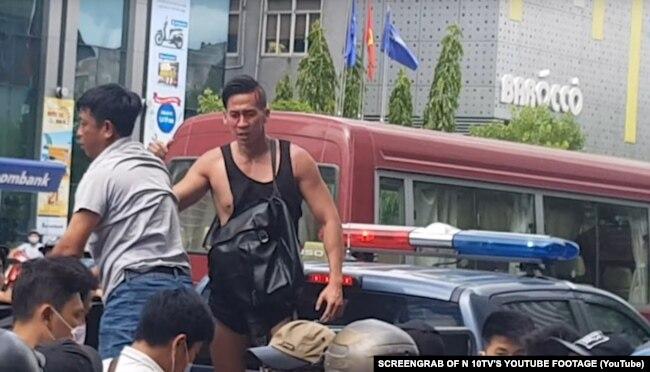Will Nguyễn tham gia cuộc biểu tình phản đối Luật Đặc khu và Luật An ninh mạng tại Việt Nam vào tháng 6/2018.