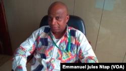 M. Njehoya, représentant d'une société importatrice des produits phytosanitaires au Cameroun, accuse les contrebandiers sur la question de la commercialisation des pesticides non homologués, 11 mai 2017. (VOA/Emmanuel jules Ntap)