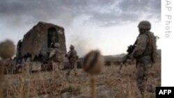 آمریکا استراتژی در جنگ افغانستان را بررسی می کند