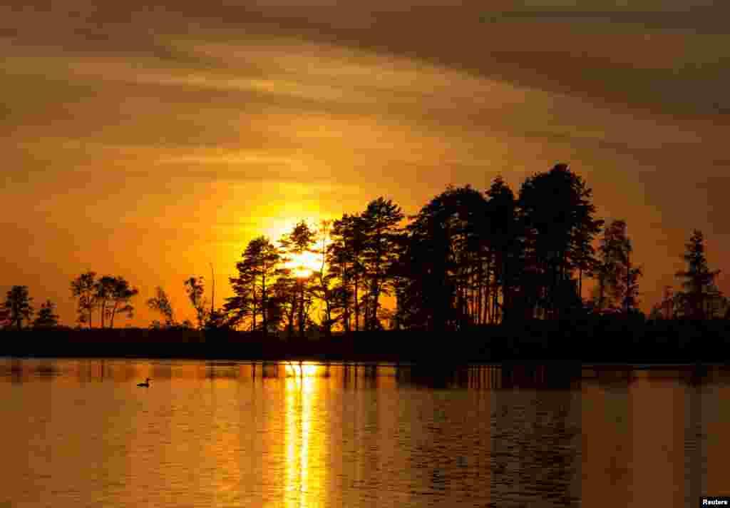 غروب آفتاب در آسمان بلاروس