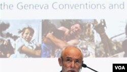 Presiden ICRC Jakob Kellenberger berbicara dalam sebuah konferensi di Jenewa (foto: dok).