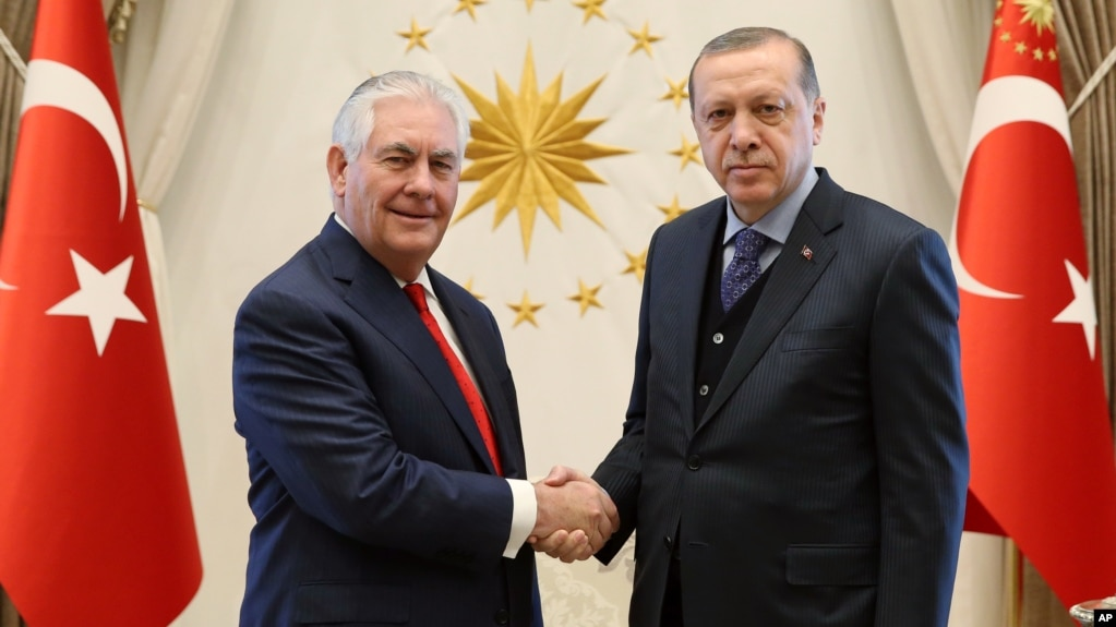 Tillerson turkish officials discuss plans to defeat islamic state us secretary of state rex tillerson left poses with turkeys president recep tayyip erdogan m4hsunfo