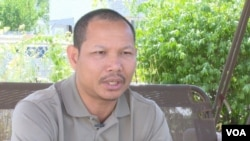 Men Vannak is a 41 year-old political activist and a Cambodian American citizen, in Lowell, Massachusetts, on August 3, 2016. (VOA Khmer)