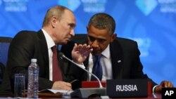 Tổng thống Obama và Tổng thống Nga Vladimir Putin tại Hội nghị Thượng đỉnh G-20 ở Los Cabos, Mexico, ngày 18/6/2012.