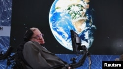 Physicist Stephen Hawking has called for increased efforts to return to the moon and to travel to other solar systems.
