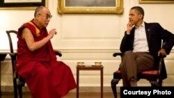 Далай-лама и президент США Барак Обама (архивное фото)