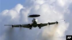 NATO'nun Türkiye için devreye sokma kararı aldığı planın en önemli unsurları arasında erken uyarı uçakları AWACS'lar da yer alıyor.