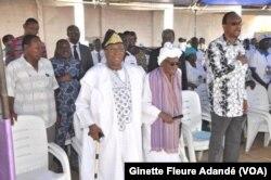 Nicephore et Rosine Soglo, et l'actuel maire de Cotonou, au siège du parti à Cotonou en 2016. (VOA/Ginette Fleure Adandé)