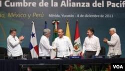 Calderón dijo que el crecimiento económico a nivel mundial será impulsado en especial por América Latina.